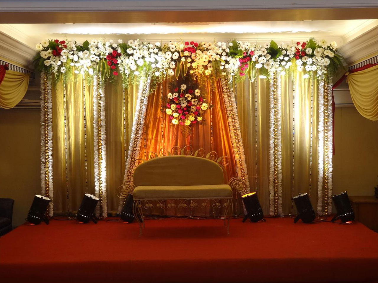 Mumbai indian wedding reception decorators and planners goa beach other works junglespirit Image collections